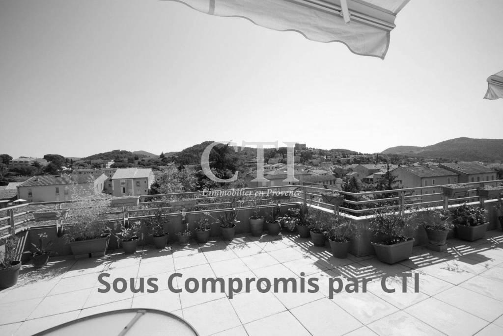 Magnifique Appartement T3 au centre de Vaison-la-Romaine
