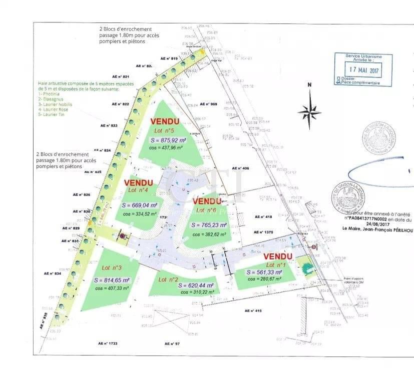 6 PLOTS OF CONSTRUCTIBLE AND VIABILIZED LAND NEAR THE CITY CENTER OF VAISON-LA-ROMAINE