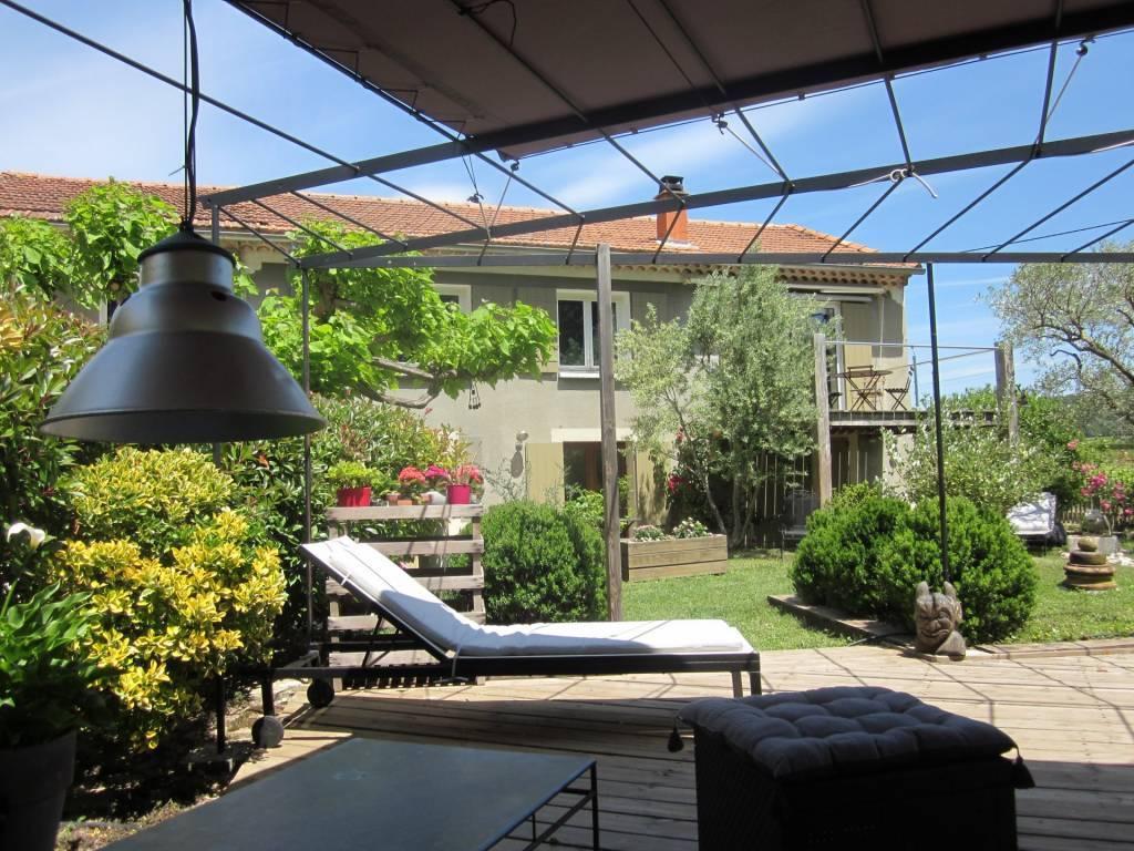 In Vaison-La-Romaine, house seeking new owner 325,000