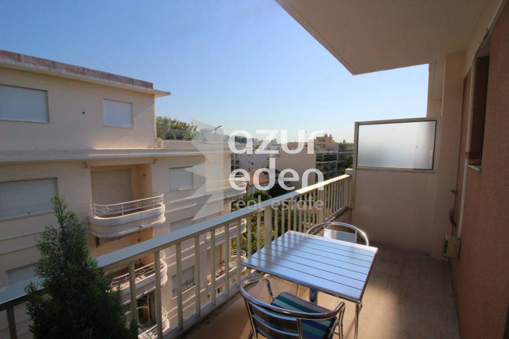 Seasonal rental Apartment Cannes Palm Beach