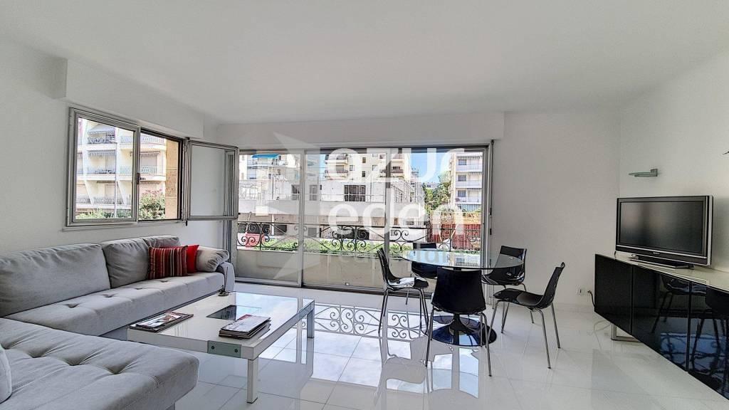 Sale Apartment - Cannes Palm Beach - 1 bedroom renovated rear Croisette