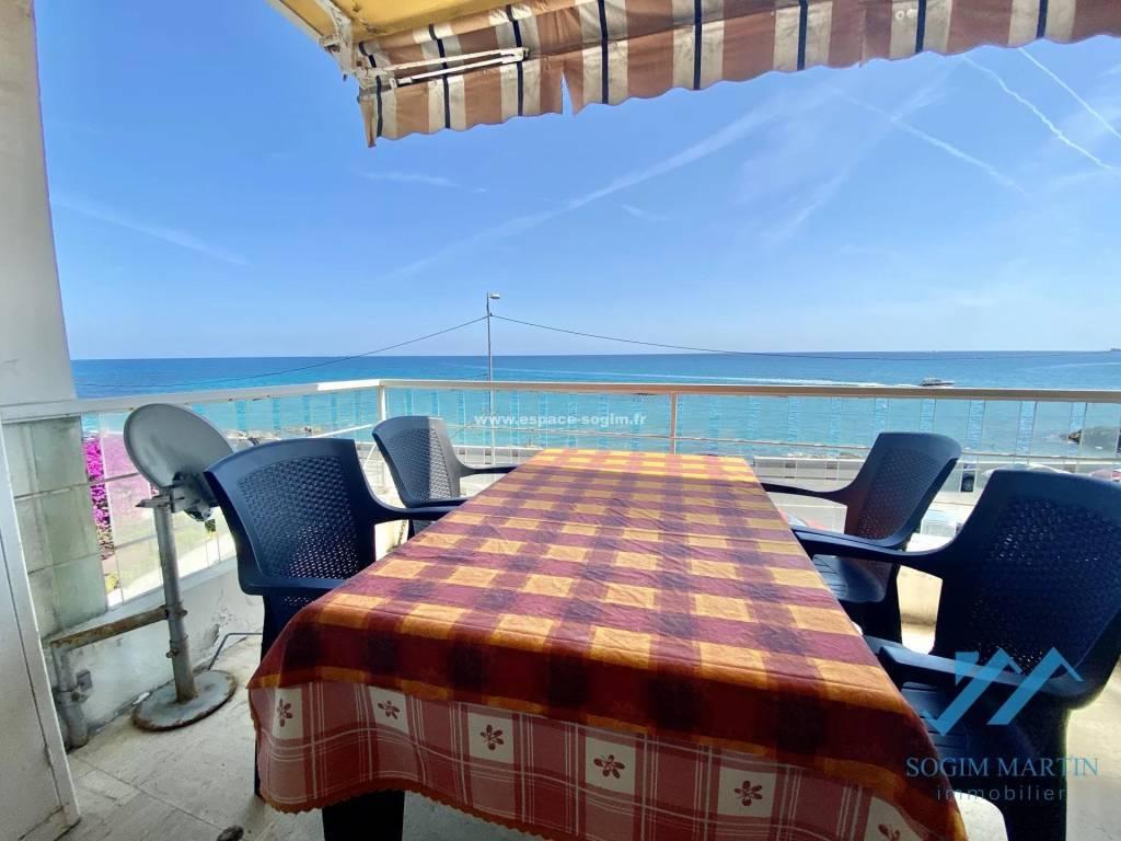 Superbe studio avec terrasse vue panoramique mer