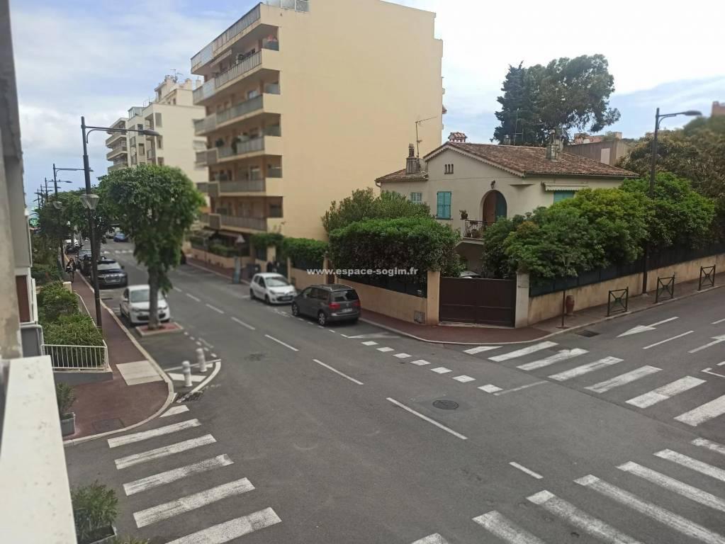Roquebune Cap Martin - T2 Carnolès Plage