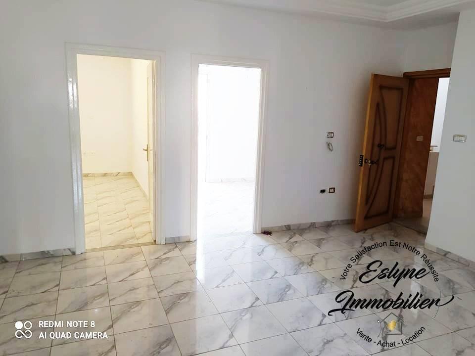 Joli appartement S+2 dédiée à la location annuelle à Hammam Sousse