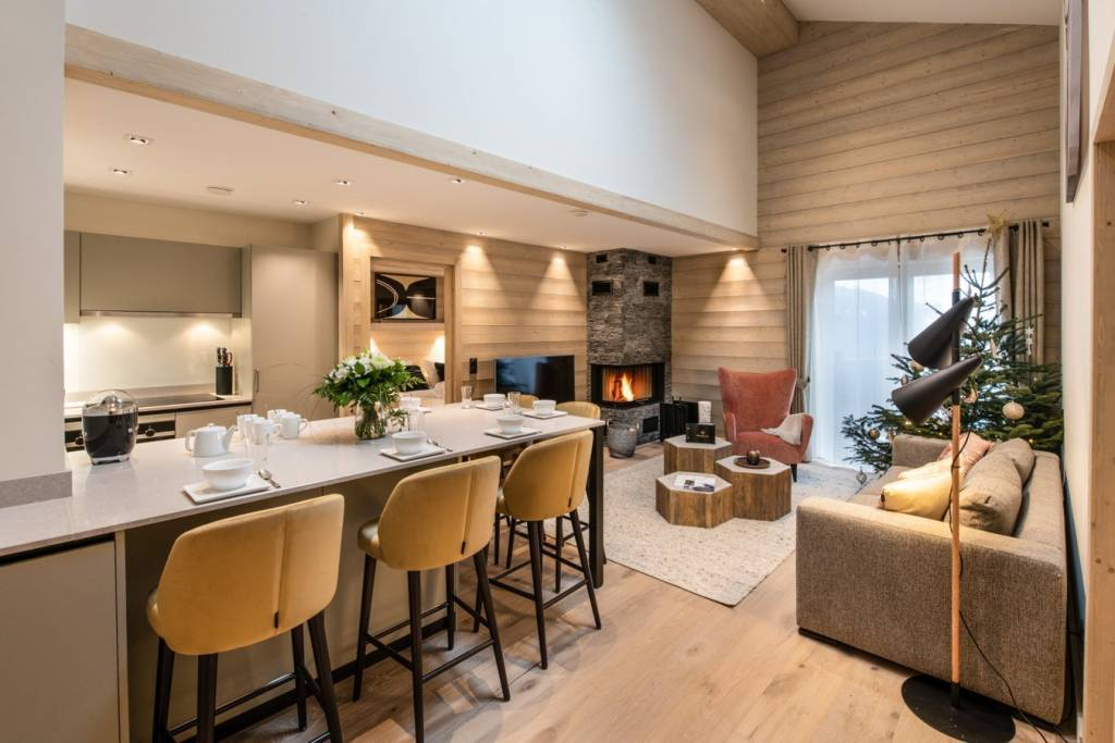 Apartment in a ski-in ski-out residence in Courchevel Moriond