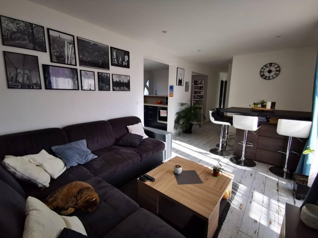 APPARTEMENT T3 DE 71 m² avec 150 m² de terrain ISTRES