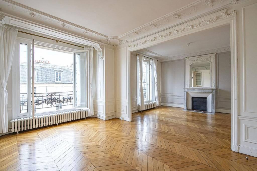 PARIS XI - Métro VOLTAIRE - Rue de la Roquette - Bel appartement 116m²