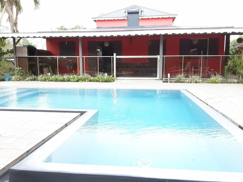 espace piscine et plage