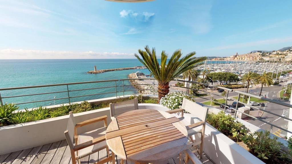 Magnifique 3P face mer avec grande terrasse et parking