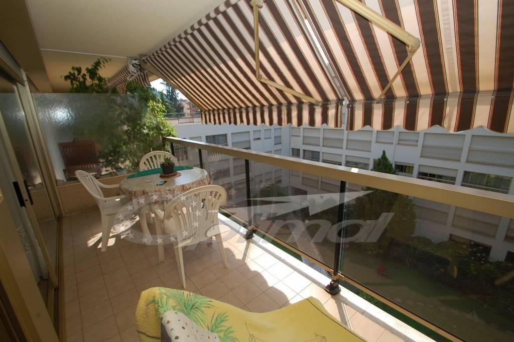 Agréable 2P au calme avec terrasse et piscine