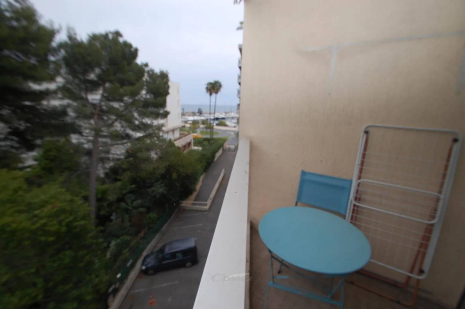 Location Appartement Menton