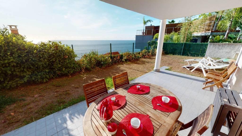 Agréable 3P avec terrasse/jardin vue mer et parking