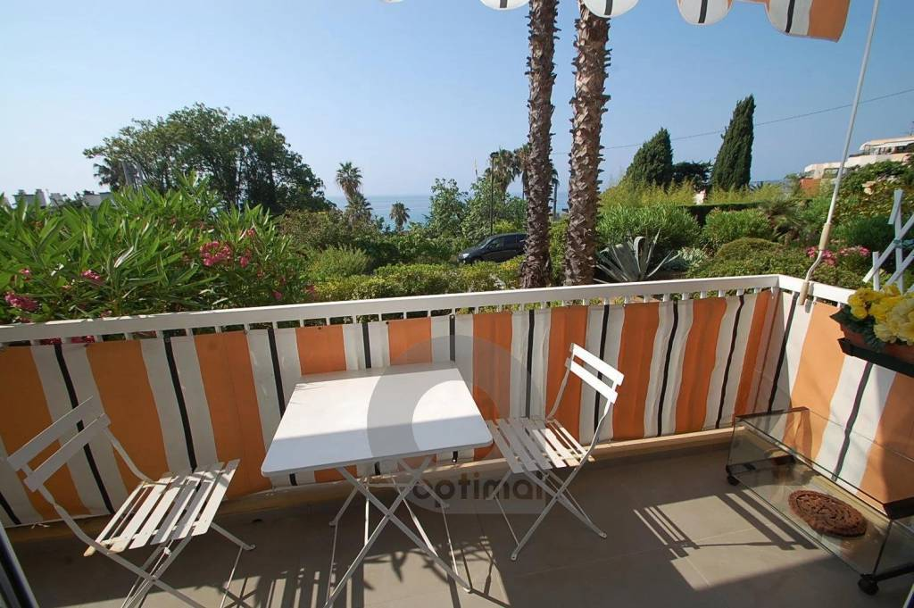 Beautiful 2rooms with terrace sea and garden view