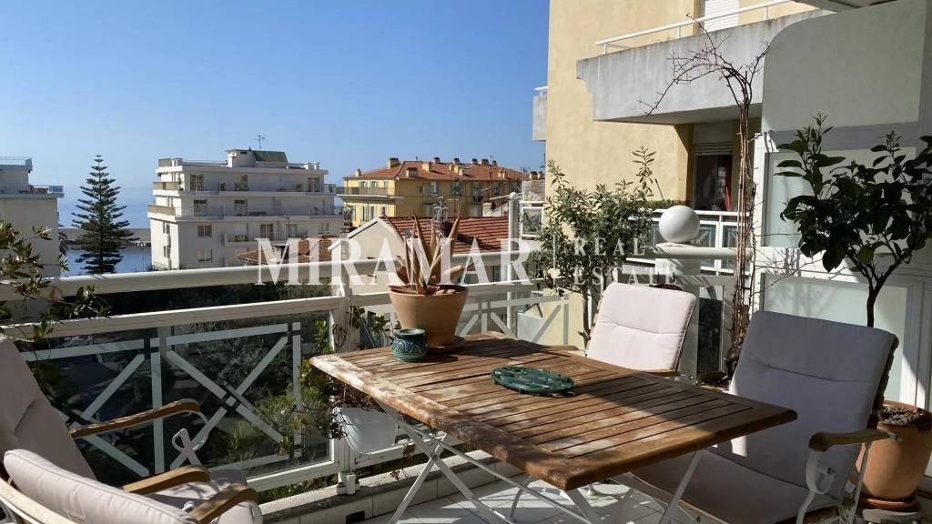 CO-EXCLUSIVITY : 2 BEDROOMS PORT OF NICE