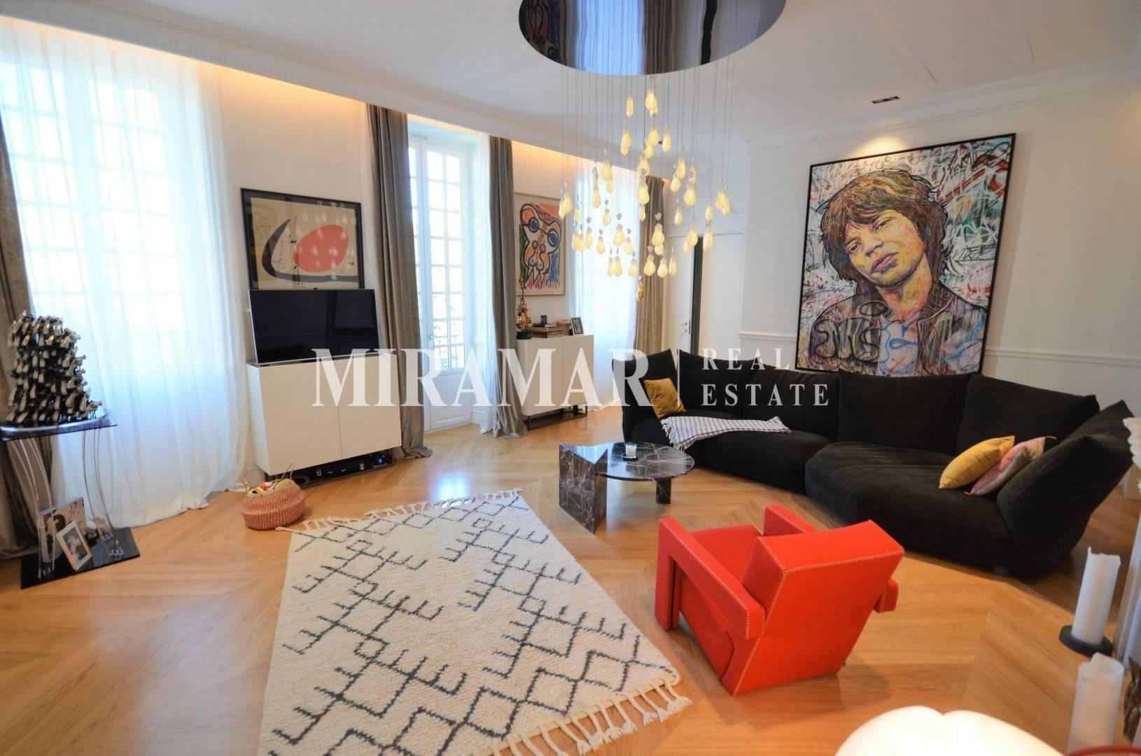 Living-room Chandelier Natural light Wooden floor