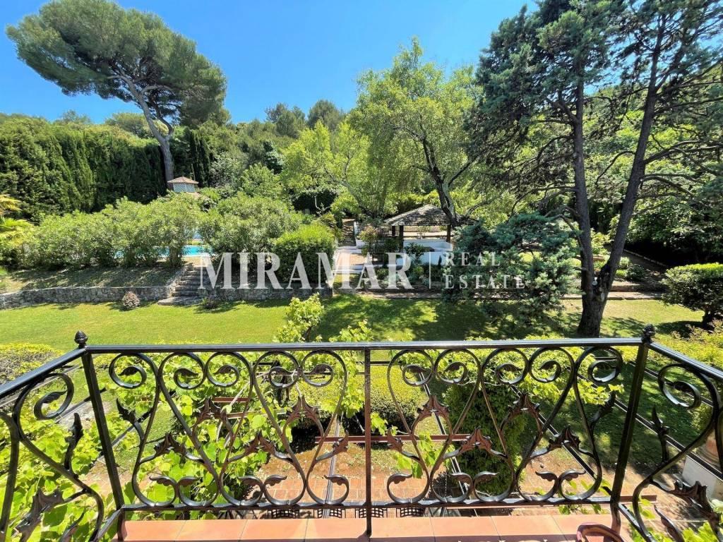 Sole Agent : Villa Nice Grande Corniche / Limit Villefranche-sur-mer