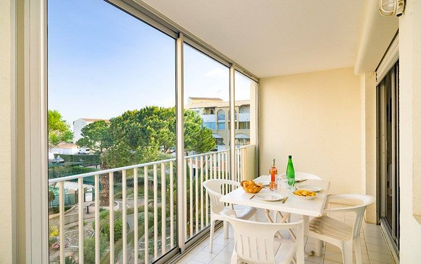 Appartements de 4 à 6 pers. CAP D'AGDE 300m de la plage