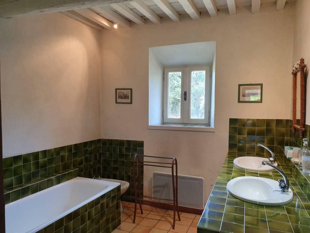 Salle de bains Mur en briques Carrelage