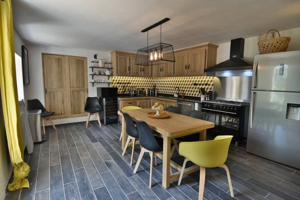 Kitchen Wooden floor Stainless steel