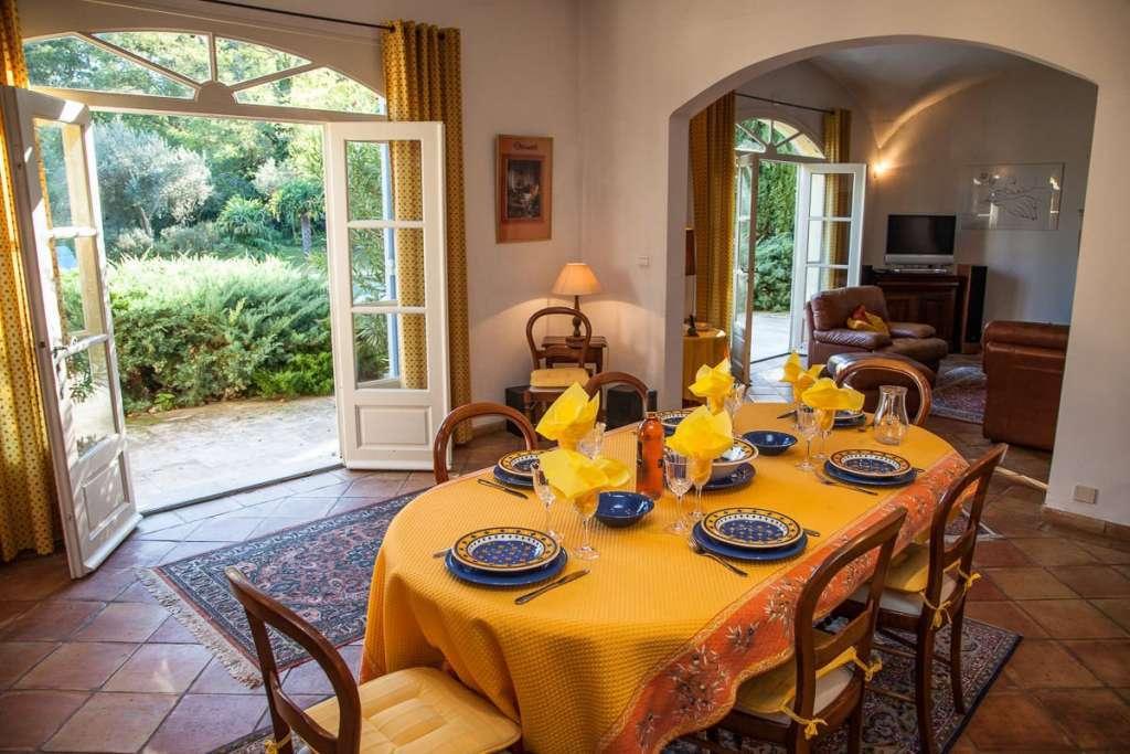 Seasonal rental Village house Saint-Rémy-de-Provence