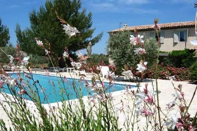 Location saisonnière Villa Eygalières