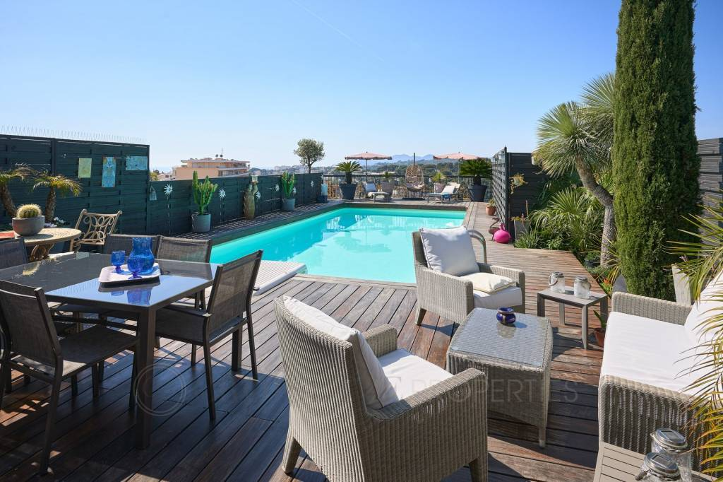 LE CANNET PENTHOUSE - PRIVATE SWIMMING POOL