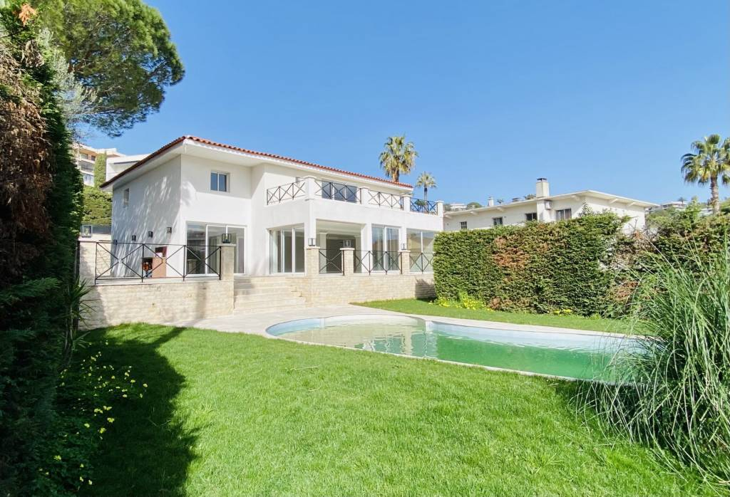 CANNES MAGNIFICIENT RENOVATED VILLA - SWIMMING POOL