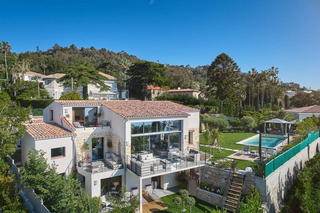 CANNES EDEN - CONTEMPORARY VILLA