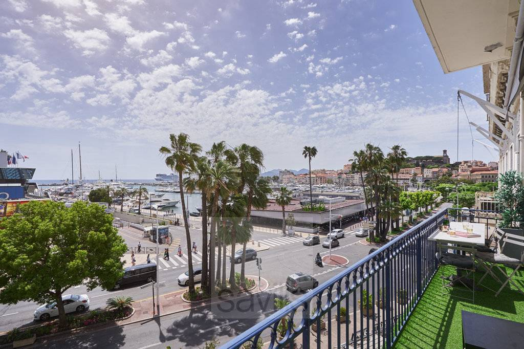 Cannes Croisette -  3 bedrooms infront the Palais