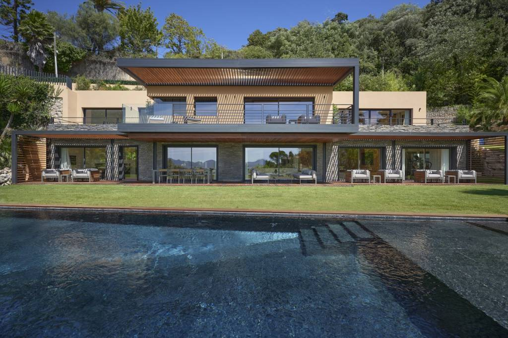 SOLE AGENT - CANNES SEA VIEW - MAGNIFICENT CONTEMPORARY PROPERTY