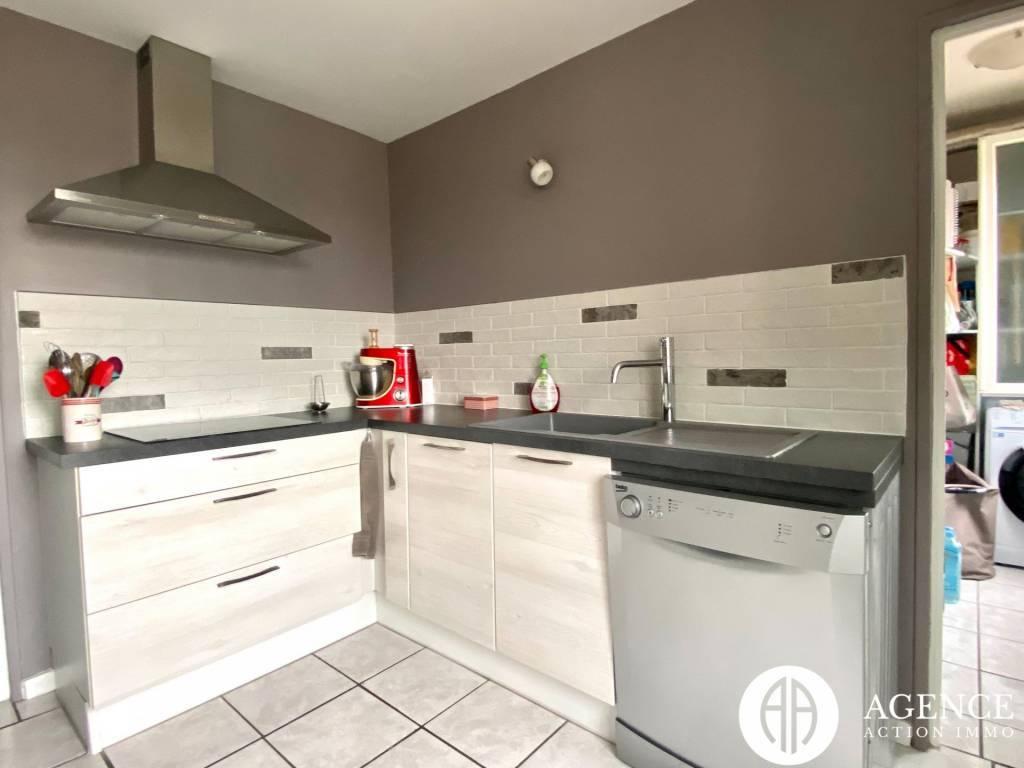 A vendre  appartement Roussillon
