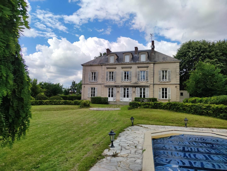 1 19 Bourg-en-Bresse