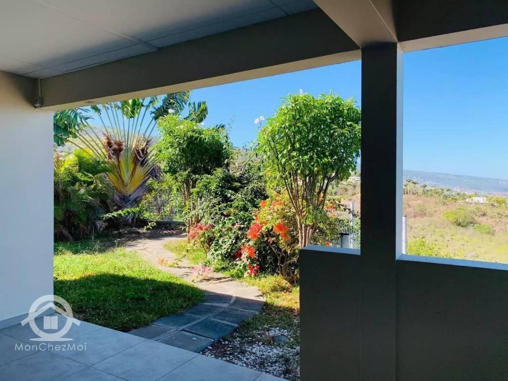 Possession : Villa de 149 m² à 425 000 euros