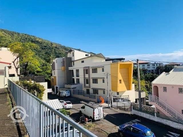 SAINT DENIS (Bellepierre) : Appart T2 neuf (PINEL OUTRE MER) 235 000 euros FAI