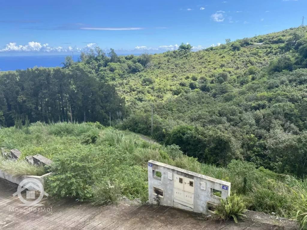 Possession (Ravine à Malheur) : Parcelle viabilisée de 525 m² à 165 000, 00 euros FAI