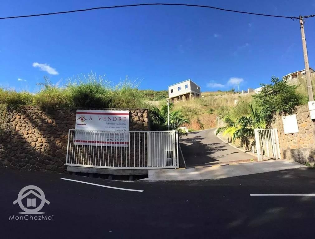 Possession (Ravine à Malheur) : Parcelle viabilisée de 530 m² à 142 247, 56 euros FAI