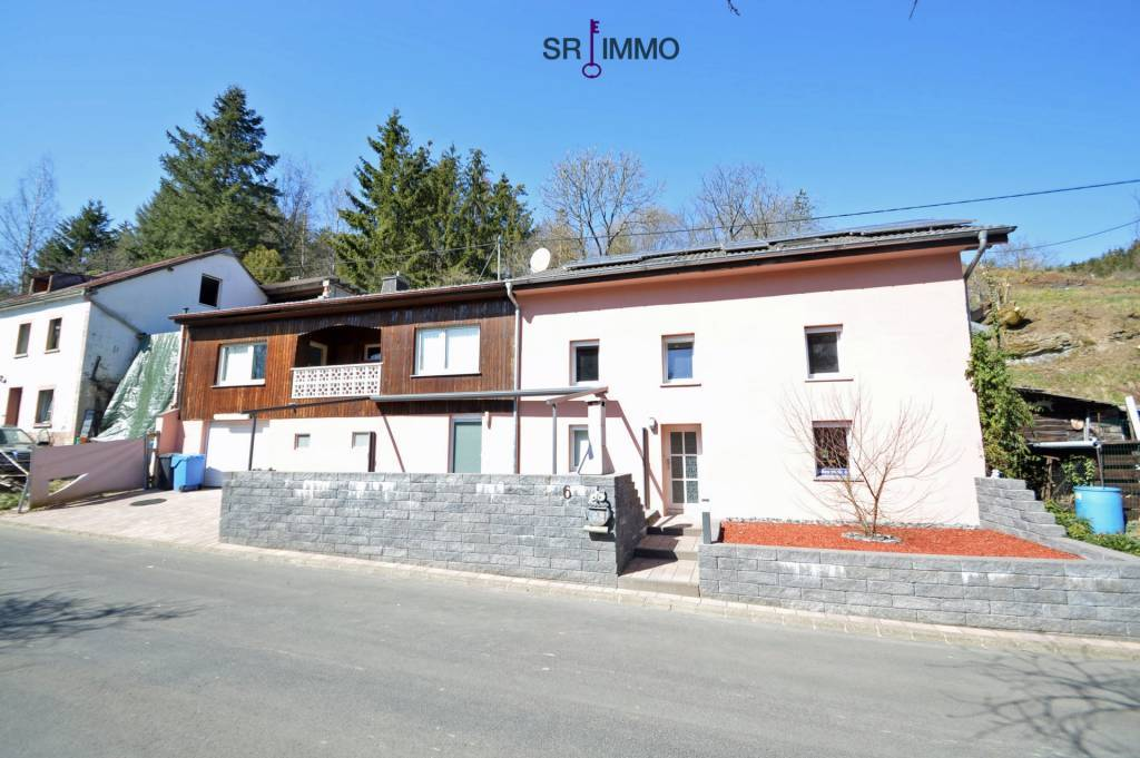 Bezahlbares Haus mit Ausbaupotential in idyllischer Lage