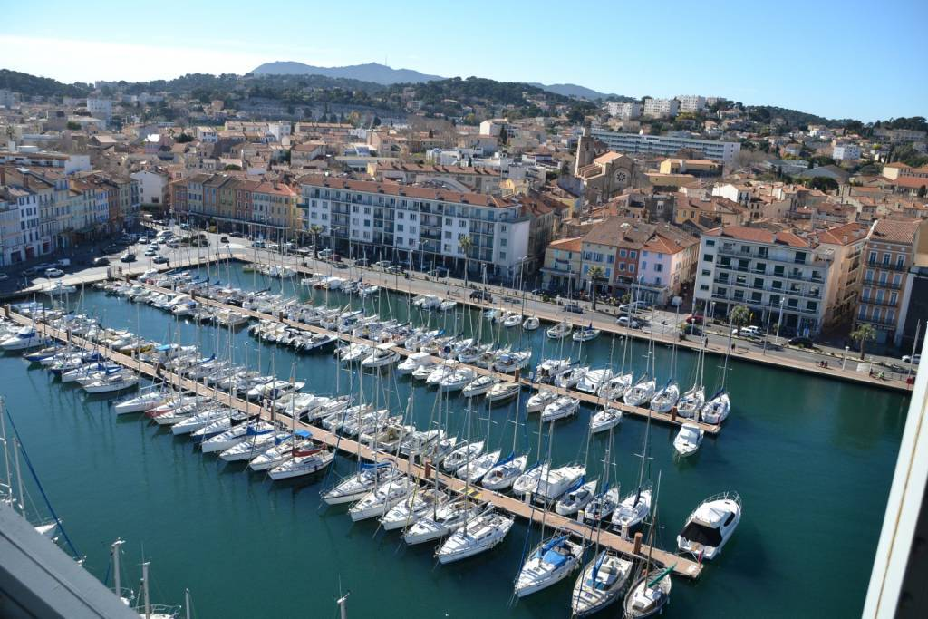 Sale Apartment La Seyne-sur-Mer Le Port