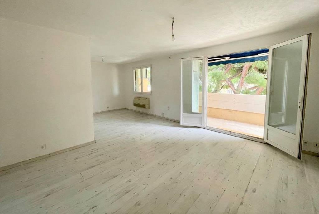 Sale Apartment Six-Fours-les-Plages