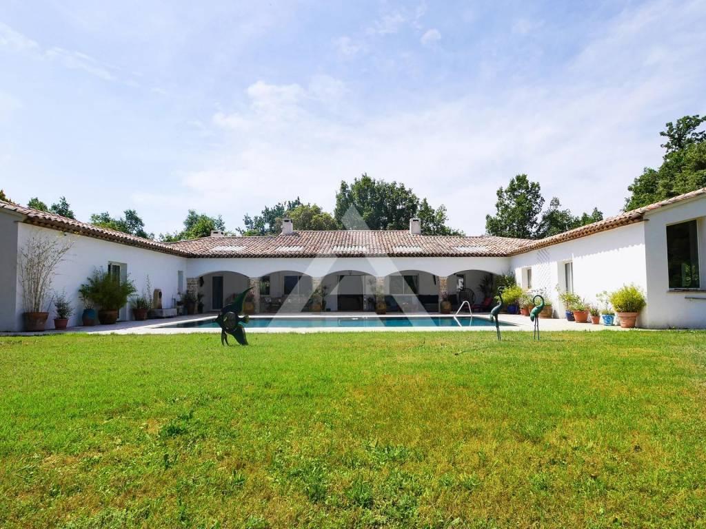 Saint Martin de Peille - Villa con piscina in una zona tranquilla