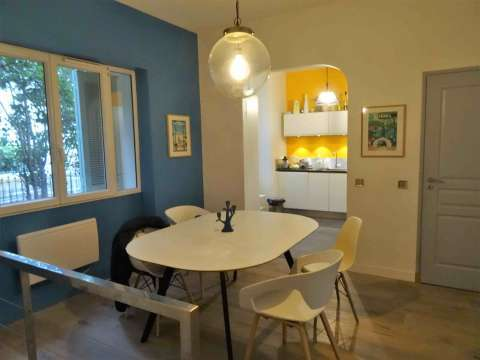 Dining room Wooden floor