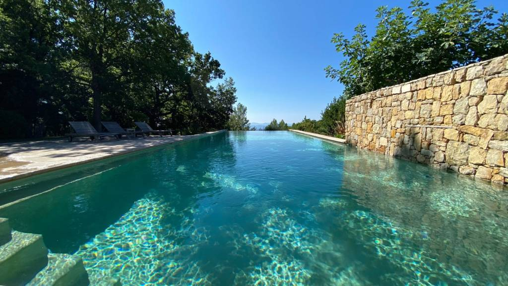 Contemporary propety with great pool Tourtour Var Provence