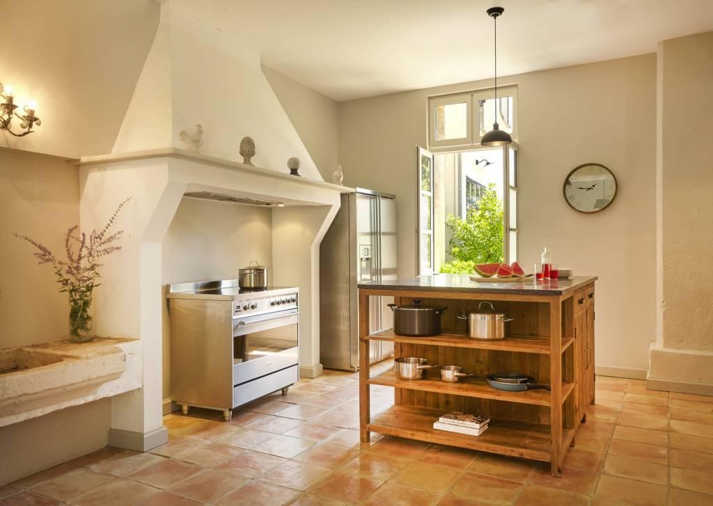 Maison de 3 chambres et 2 salles de bain avec jardin et terrasse sur domaine viticole de luxe