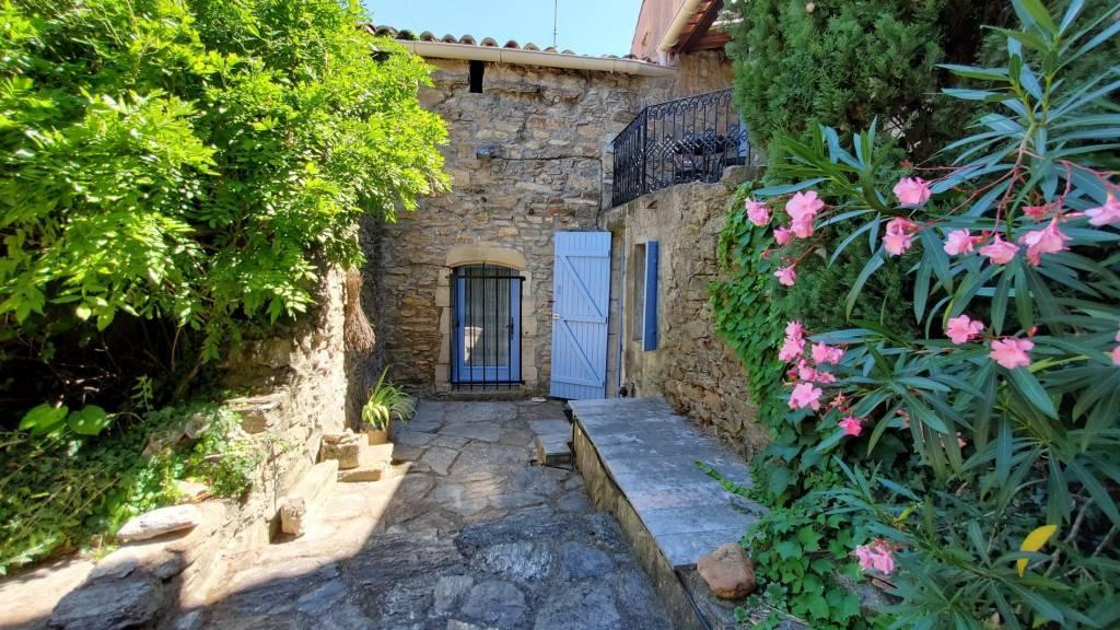 Charmante maison de village avec jardin et terrasses