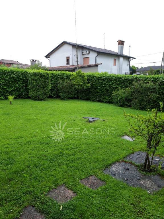 Villa in Salzano surrounded by greenery