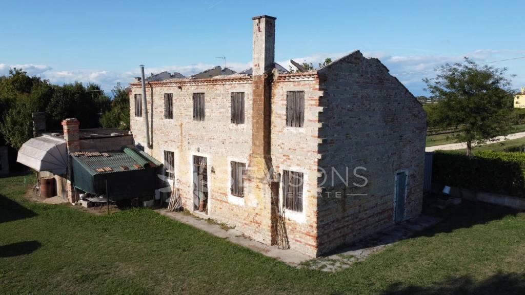 Sale Cottage Fossalta di Piave