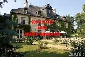 A vendre à 10 mn de Rennes Hôtel murs et fonds  plus manoir équipé pour séminaires