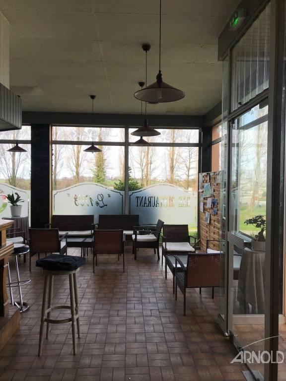Restaurant très bien placé à l'entrée de Noyal Pontivy!