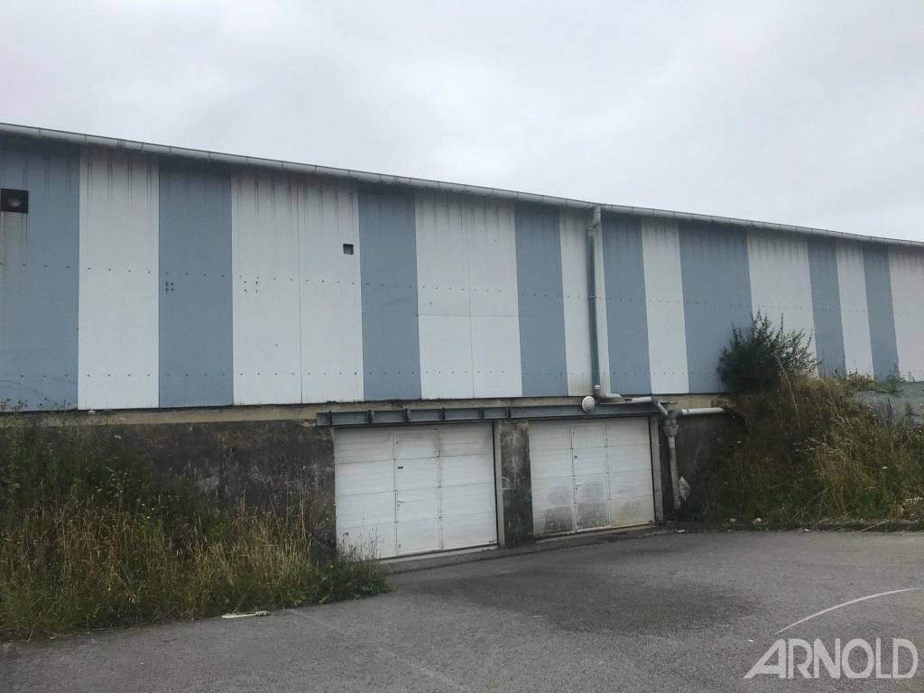 Rental Warehouse Caudan