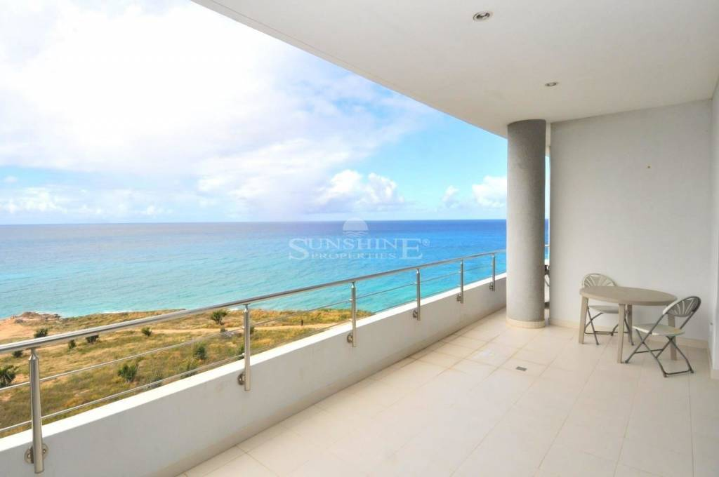 Exquisite Ocean Views Blending Relaxation & Sophistication to Create the Ideal Place